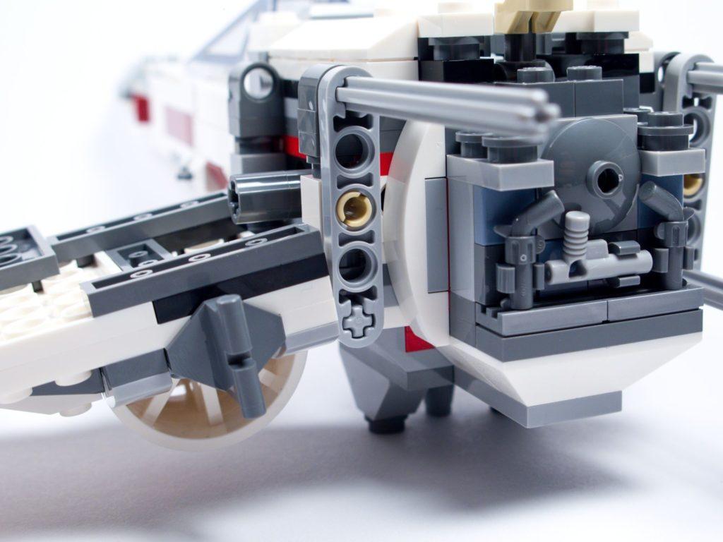 LEGO® Star Wars™ 75218 - Bauabschnitt 4 - Bild 10 | ©2018 Brickzeit