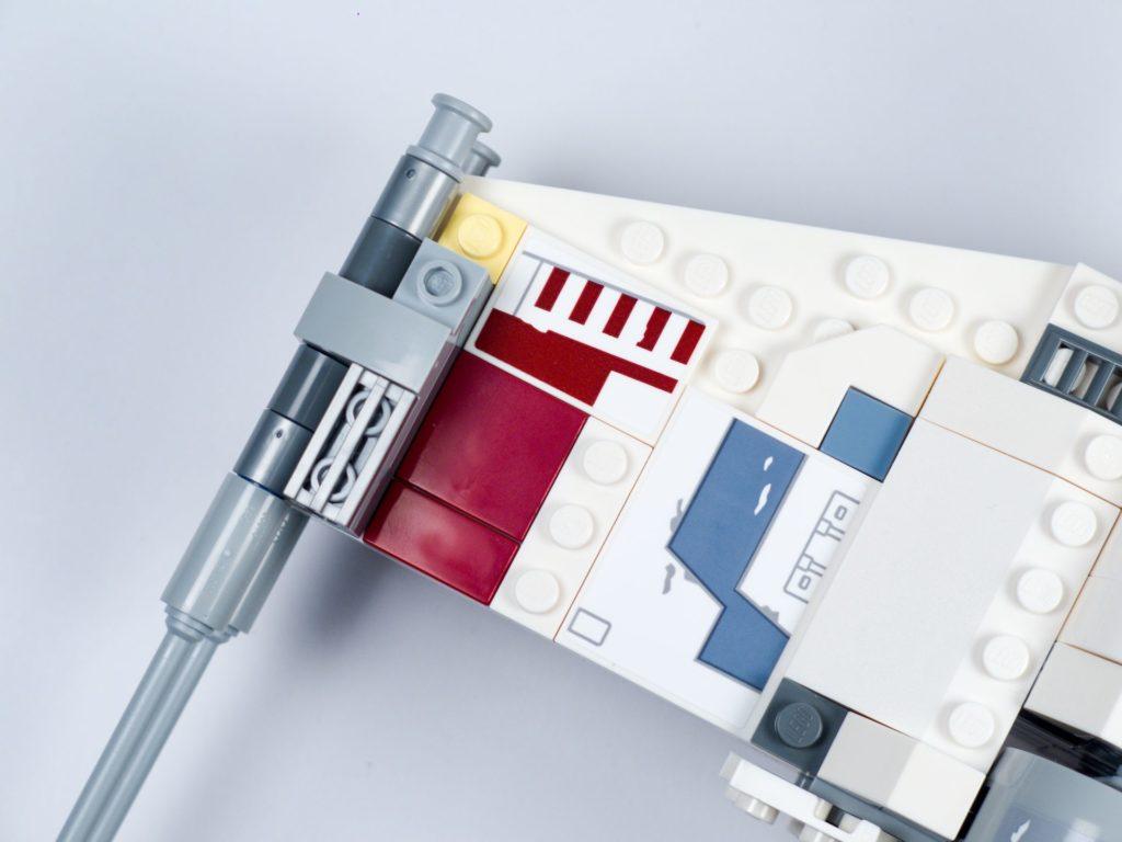 LEGO® Star Wars™ 75218 - Bauabschnitt 6 - Bild 18 | ©2018 Brickzeit