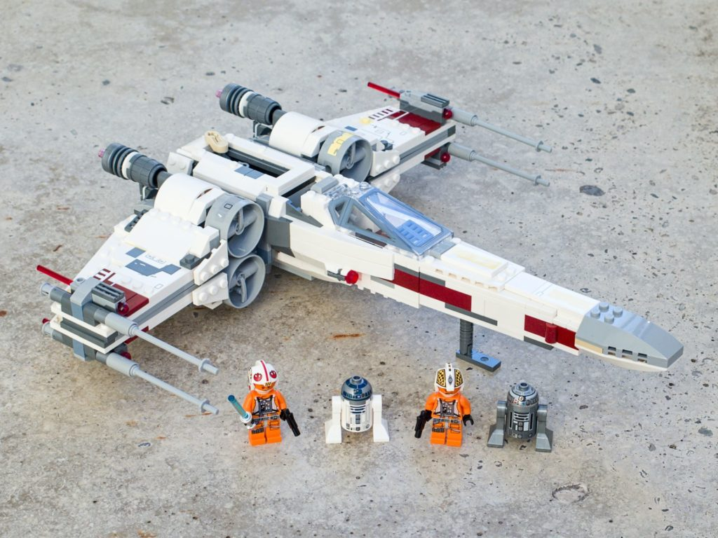 LEGO® Star Wars™ 75218 X-Wing Starfighter™ - komplettes Set, 4x3, hg2 | ©2018 Brickzeit