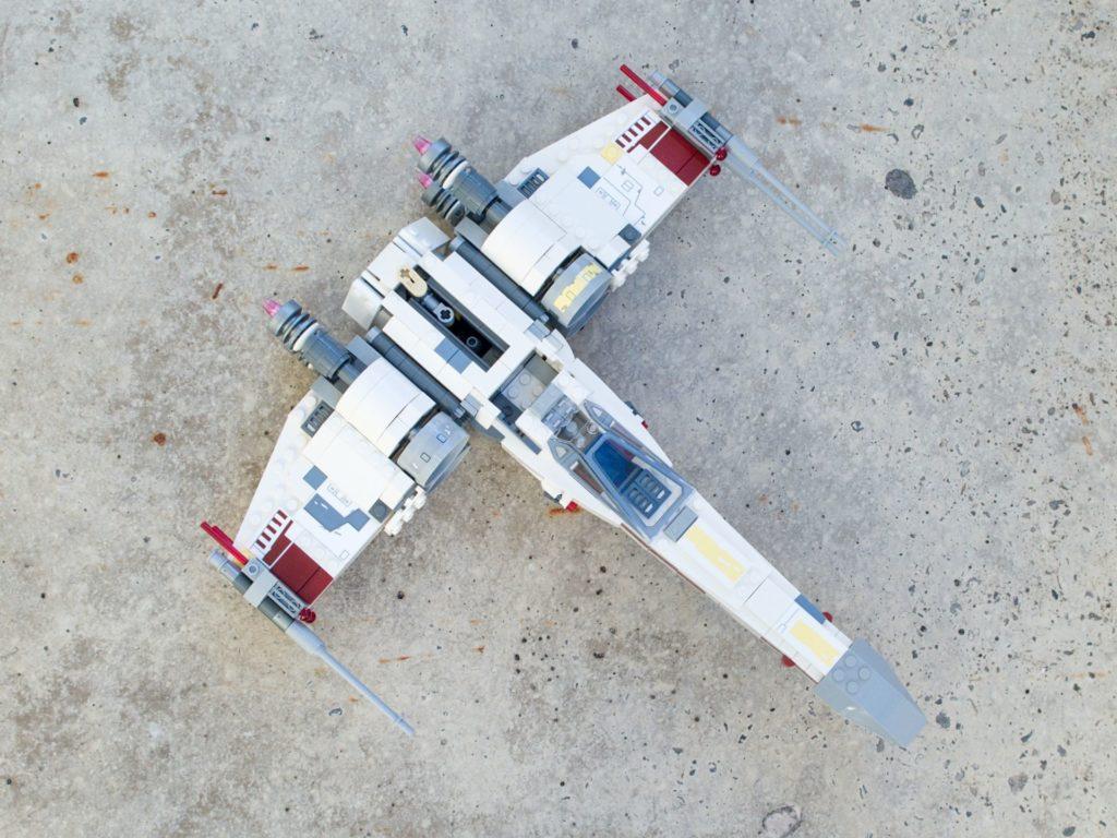 LEGO® Star Wars™ 75218 X-Wing Starfighter™ - Draufsicht, hg | ©2018 Brickzeit