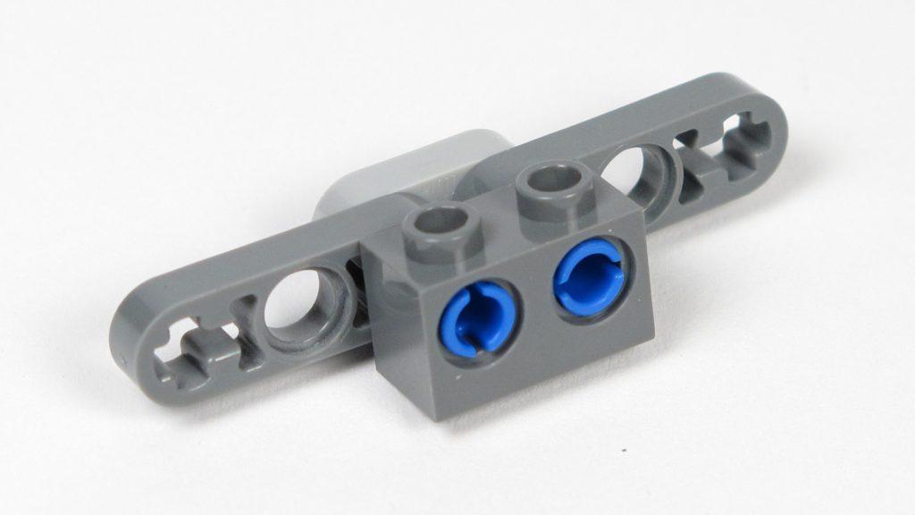 LEGO® Star Wars™ Magazin Nr. 12 - Y-Wing, Halterung für Antriebe, Vorderseite | ©2018 Brickzeit