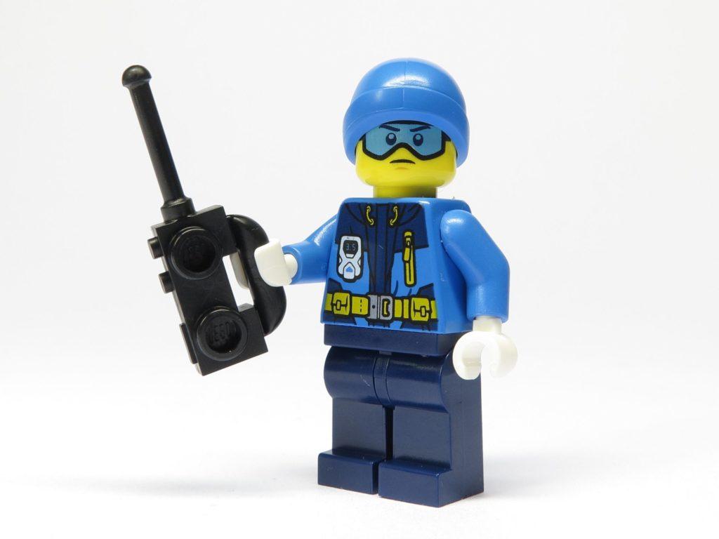 LEGO® City 951810 Eisforscher mit Funkgerät | ©2018 Brickzeit