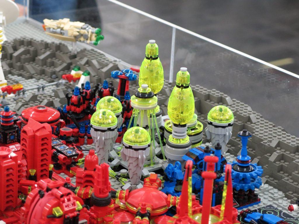 LEGO Micro Moonbase - Bild 6 | ©2018 Brickzeit