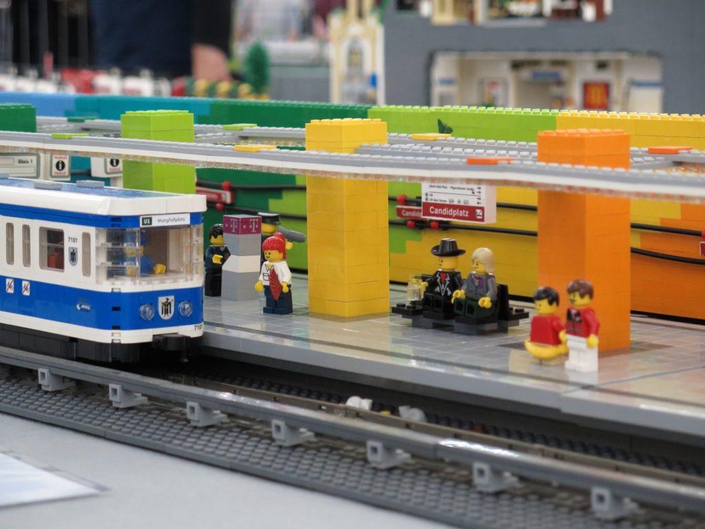 U-Bahn Haltestation Candidplatz in München - Bild 2 | ©2018 Brickzeit