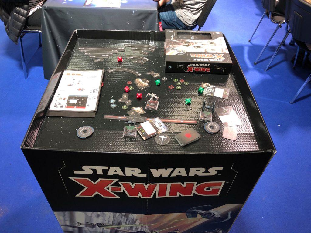 Star Wars X-Wing - Raumkampf auf dem Spielbrett | ©2018 Brickzeit