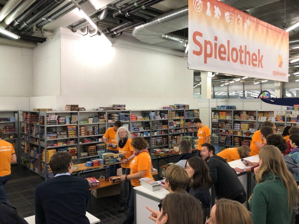 Spielothek auf der SPIELWIESN 2018 | ©2018 Brickzeit