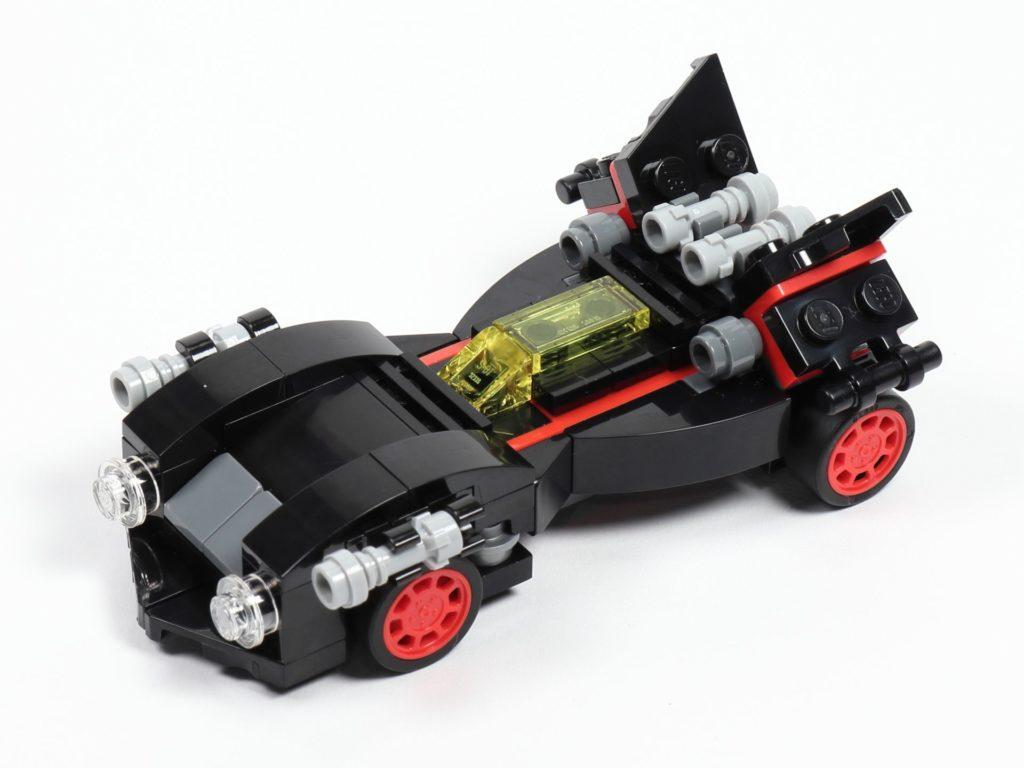 LEGO® 30526 Batmobil - vorne links | ©2018 Brickzeit