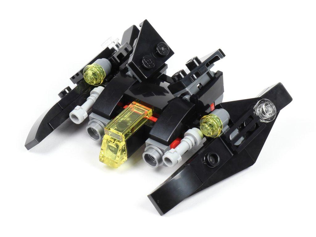 LEGO® 30526 Batwing - vorne, links | ©2018 Brickzeit