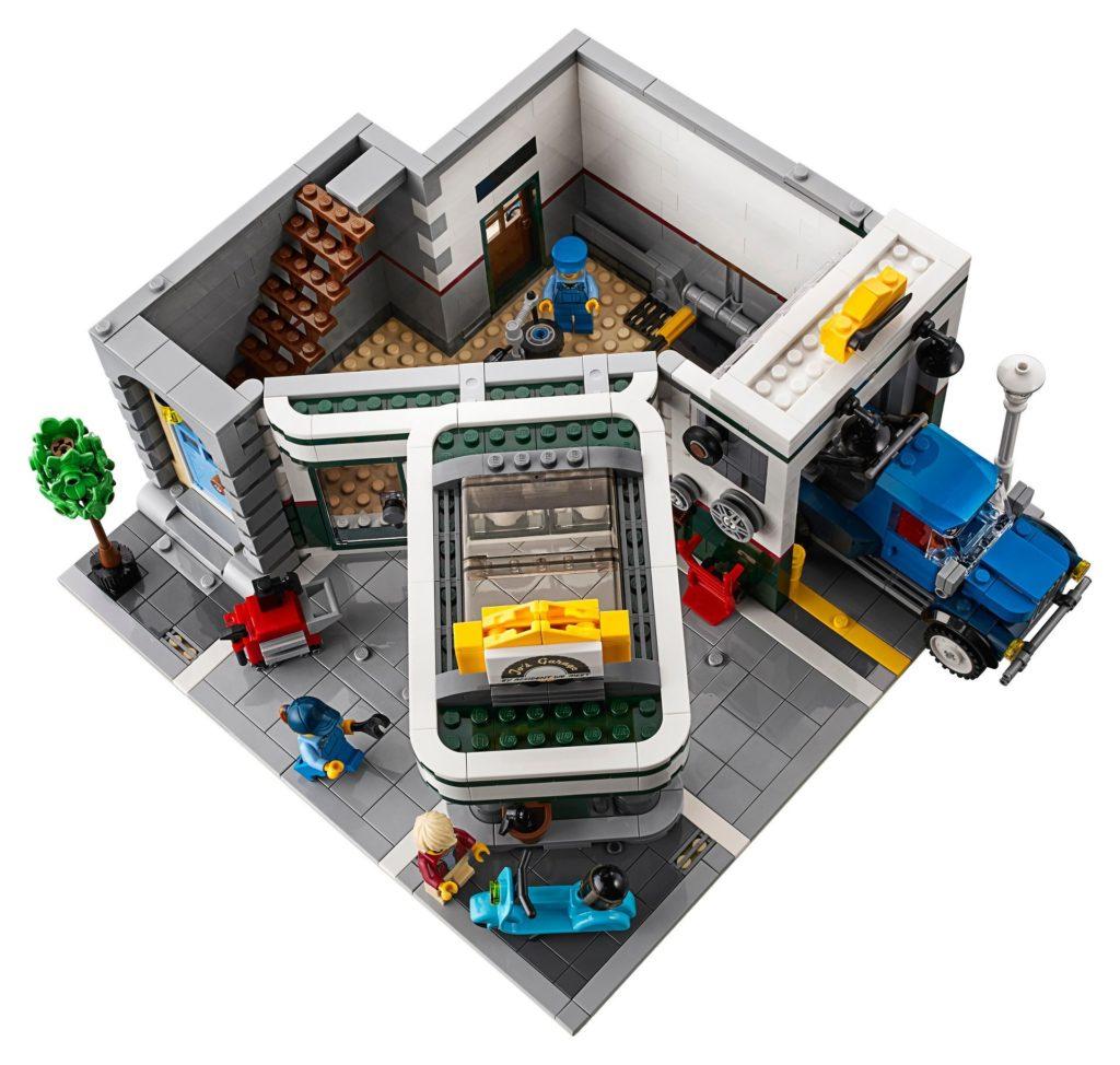 LEGO® Creator Expert 10264 Eckgarage - Tankstelle | LEGO© Gruppe