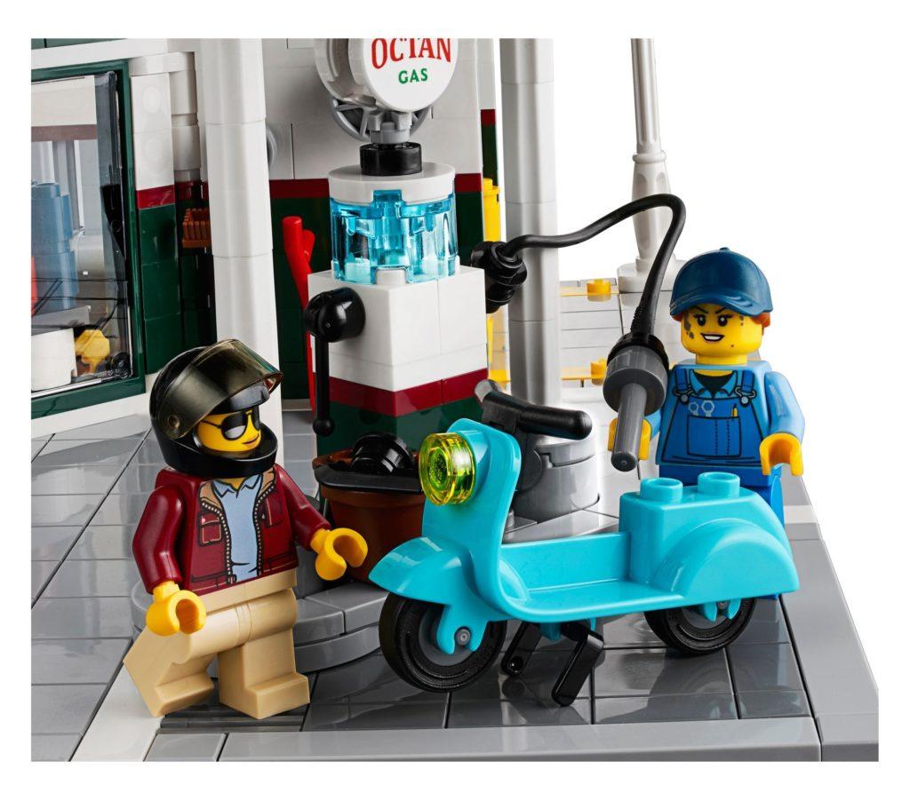 LEGO® Creator Expert 10264 Eckgarage - Tierarztpraxis - Tankstelle| LEGO© Gruppe