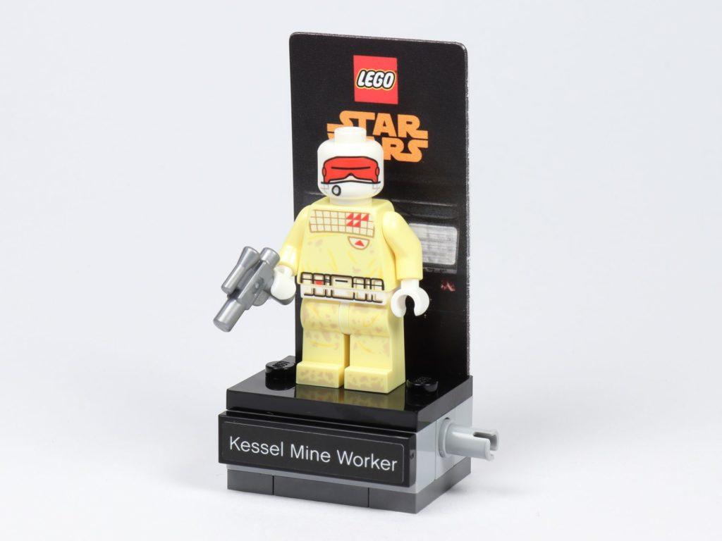LEGO® Star Wars™ 40299 Kessel Mine Worker auf Ständer | ©Brickzeit