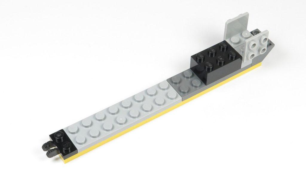 LEGO® Star Wars™ 75214 Bauabschnitt 1 - Rumpfteil 2, erste Steine | ©2018 Brickzeit
