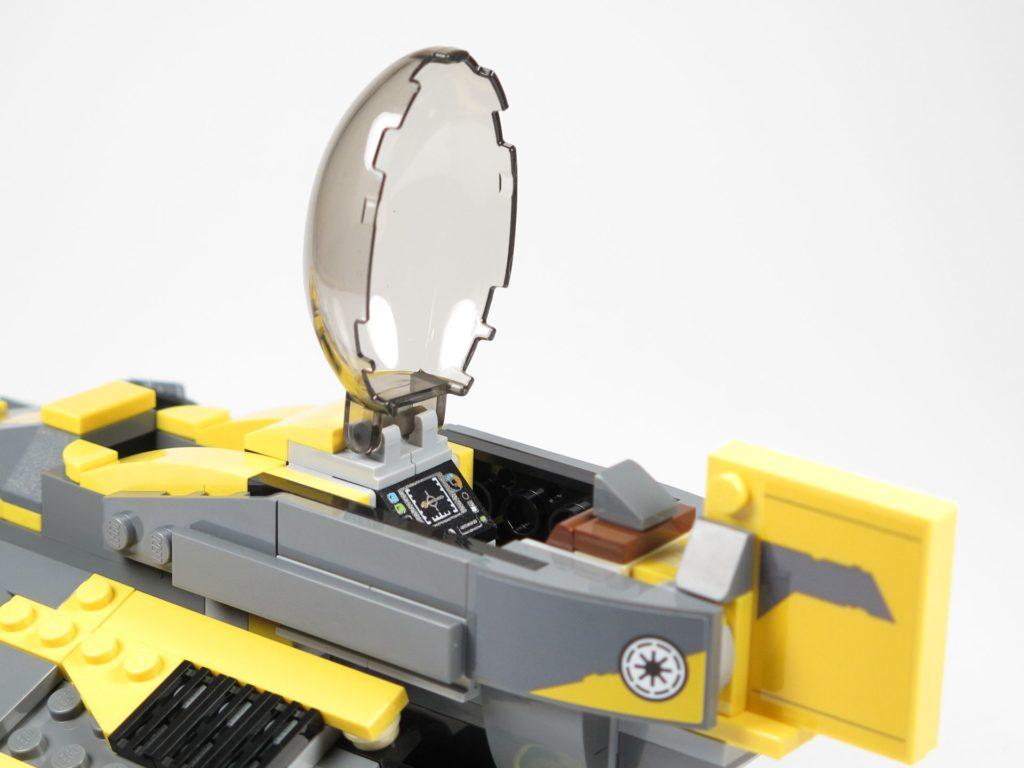 LEGO® Star Wars™ 75214 Bauabschnitt 3 - Blick ins Cockpit | ©2018 Brickzeit
