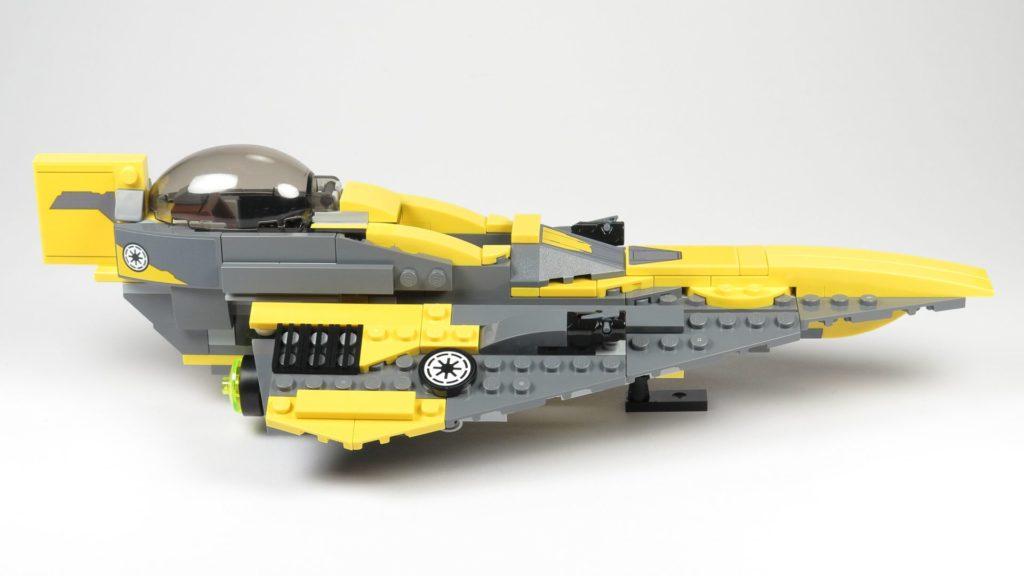 LEGO® Star Wars™ 75214 Anakins Jedi Starfighter - rechte Seite | ©2018 Brickzeit