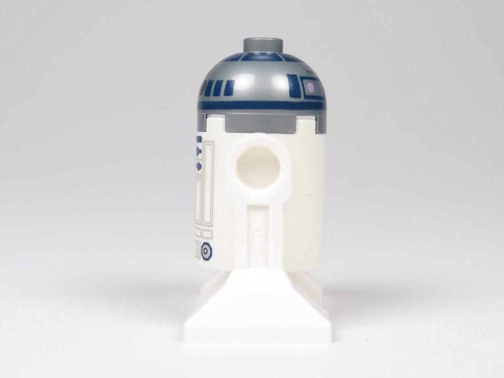LEGO® Star Wars™ 75214 R2-D2 - linke Seite | ©2018 Brickzeit