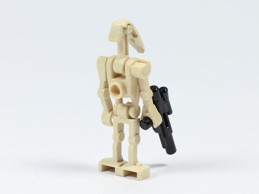LEGO® Star Wars™ 75213 Adventskalender 2018 - Tür 8 - B1 Kampfdroide, hinten rechts | ©Brickzeit