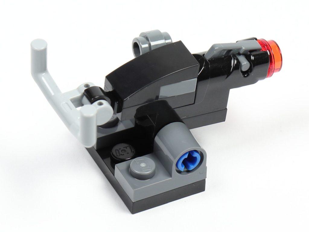 LEGO® Star Wars™ 75213 Adventskalender 2018 - Tür 10 - Blaster, hinten rechts | ©Brickzeit