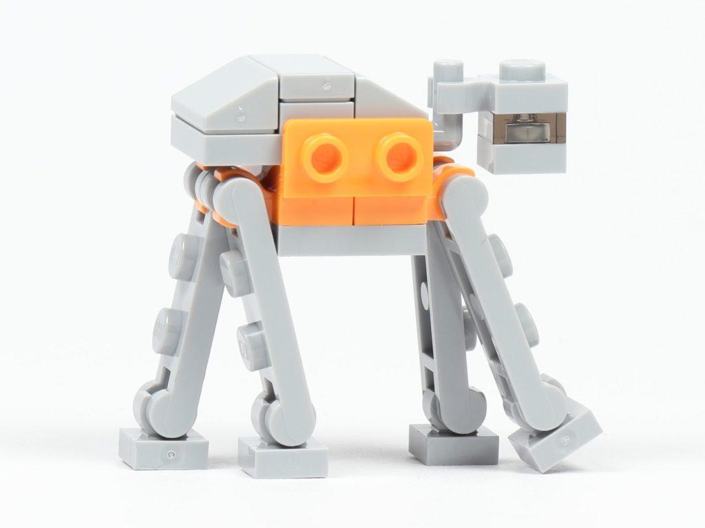 LEGO® Star Wars™ 75213 Adventskalender 2018 - Tür 19 - AT-ACT, rechte Seite | ©Brickzeit