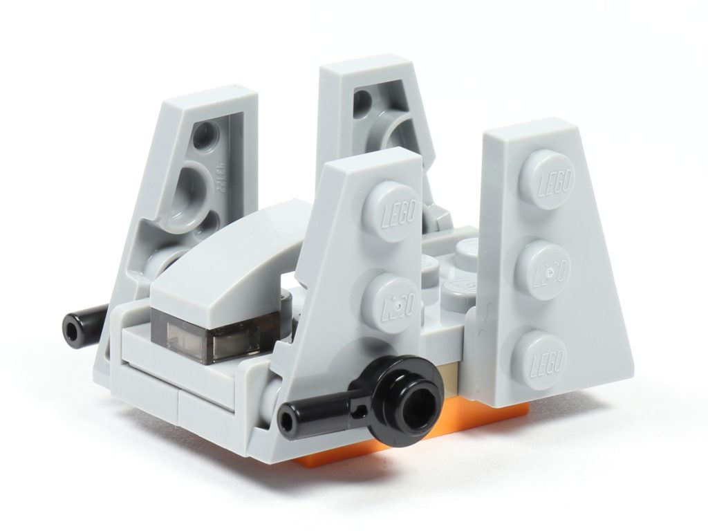LEGO® Star Wars™ 75213 Adventskalender 2018 - Tür 20 - Zeta-Klasse Shuttle, vorne links | ©Brickzeit