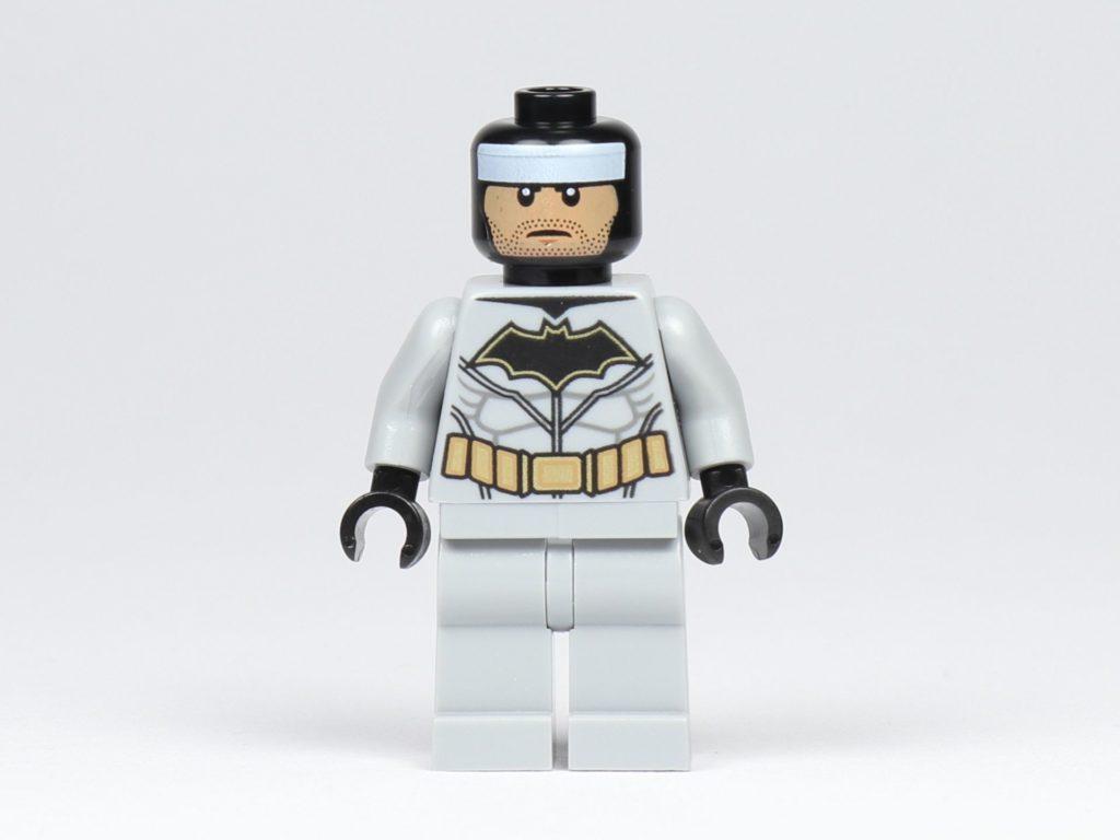 LEGO® BATMAN™ Magazin Nr. 1 - Batman Figur, Vorderseite ohne Zubehör | ©2019 Brickzeit