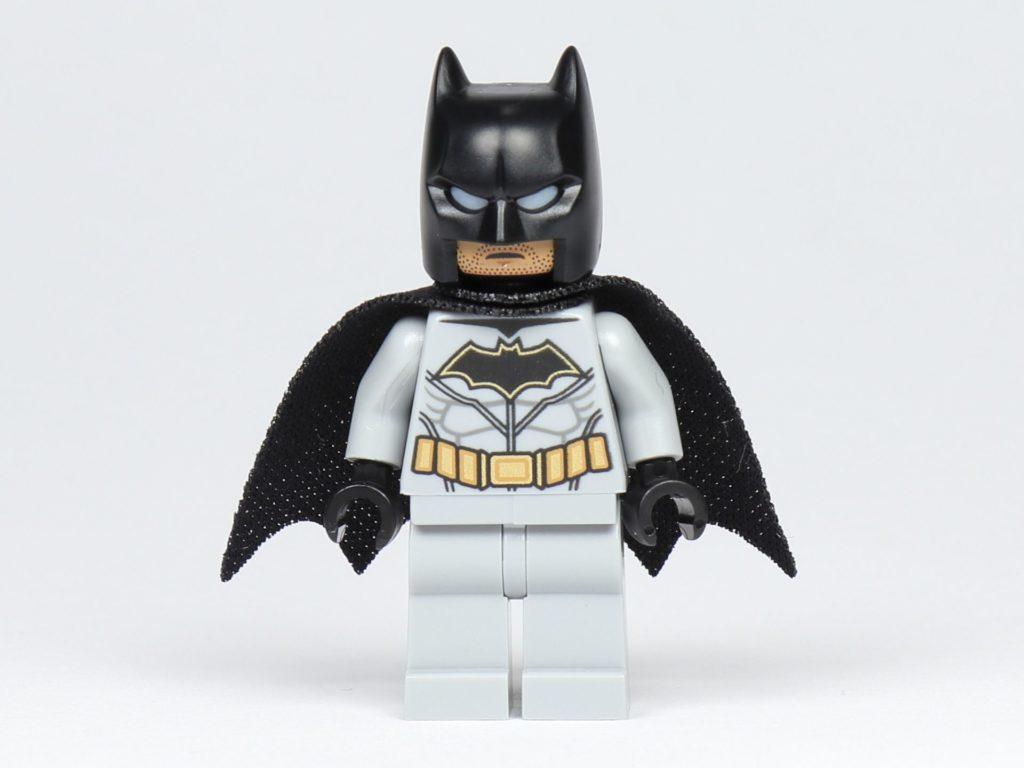 LEGO® BATMAN™ Magazin Nr. 1 - Batman Figur, Vorderseite | ©2019 Brickzeit