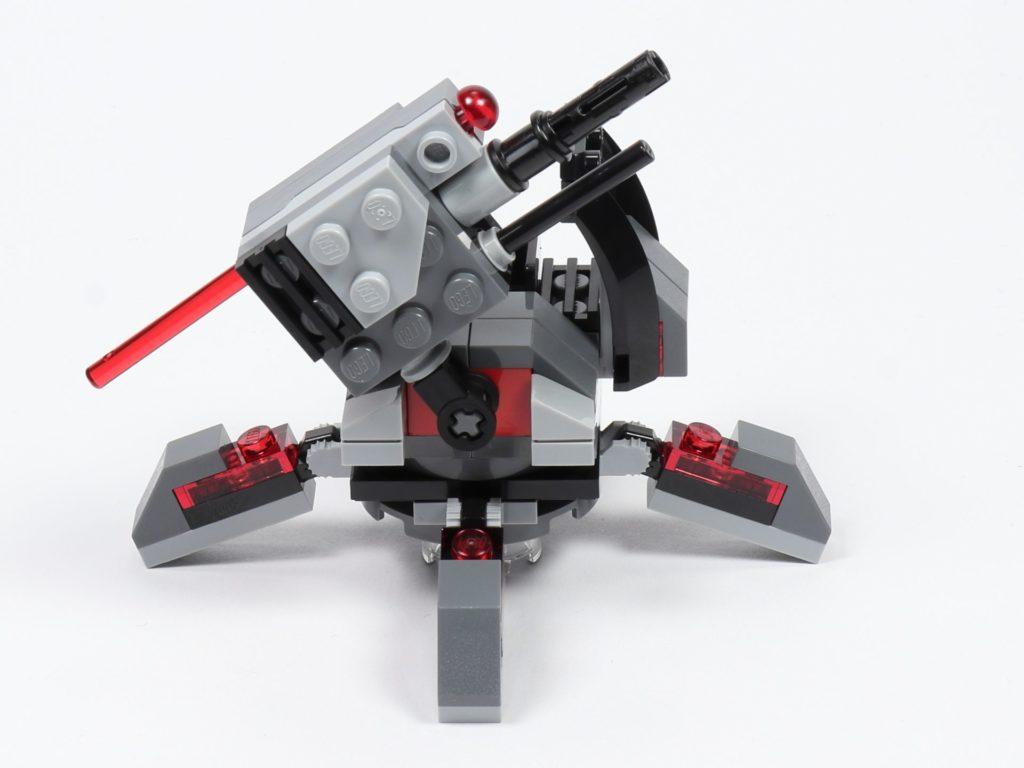 LEGO® Star Wars™ 75197 First Order Specialists Battle Pack - rechte Seite, hoch | ©2019 Brickzeit