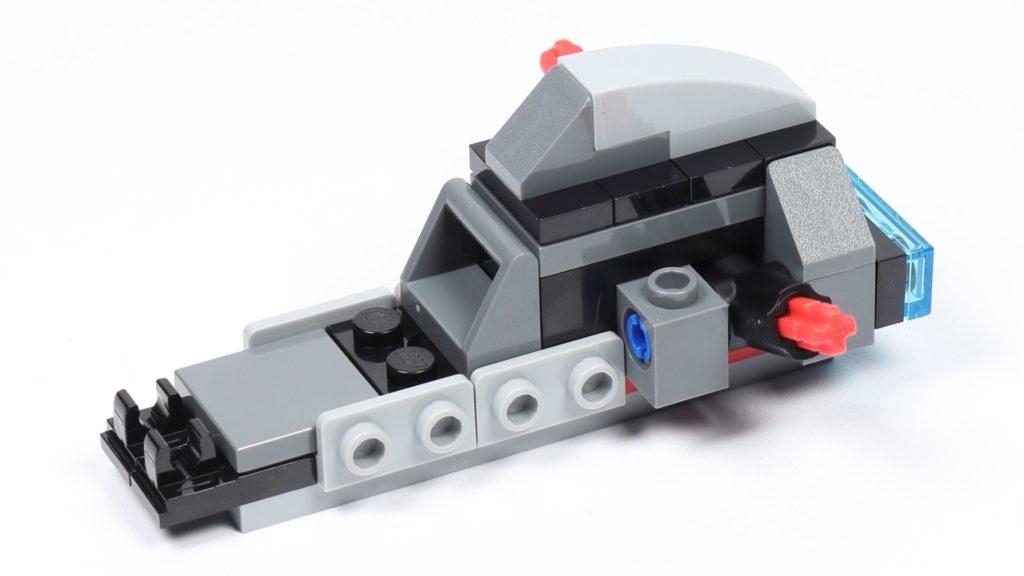 LEGO® Star Wars™ 75226 - Speeder - Rumpf im Aufbau | ©2019 Brickzeit