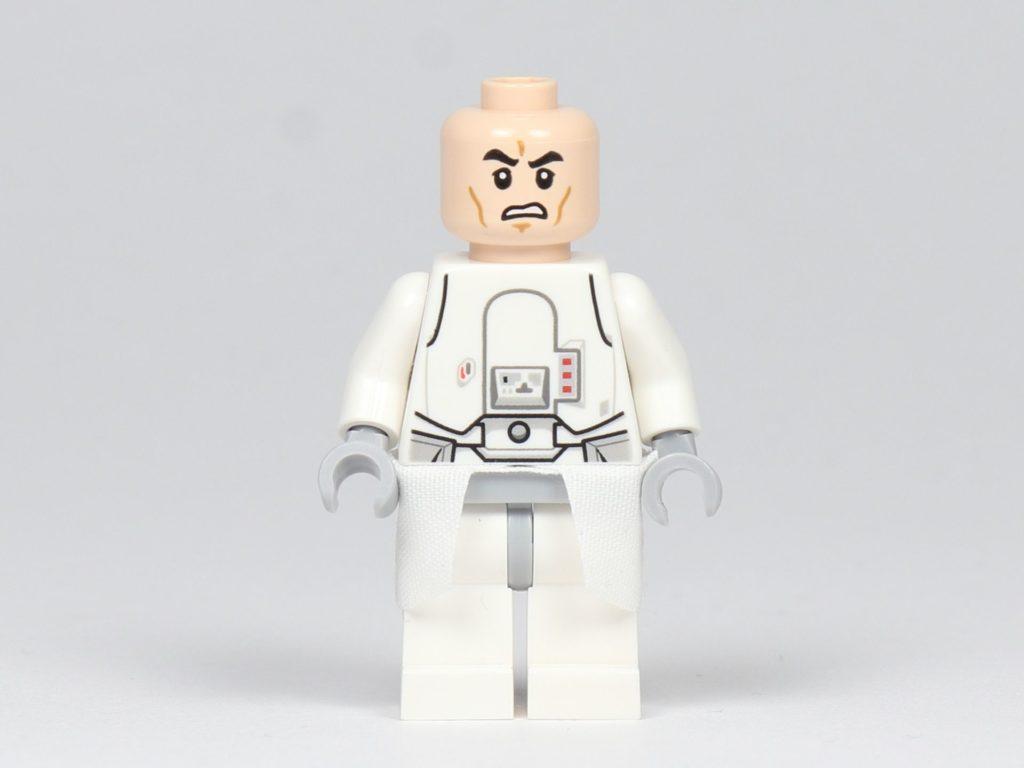 LEGO® Star Wars™ - das ultimative Trainingshandbuch - Snowtrooper ohne Helm, Vorderseite | ©2019 Brickzeit