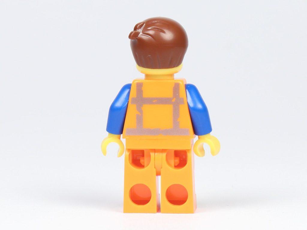 THE LEGO® MOVIE 2 Emmets Herz (30340) - Minifigur von Emmet, Rückseite | ©2019 Brickzeit