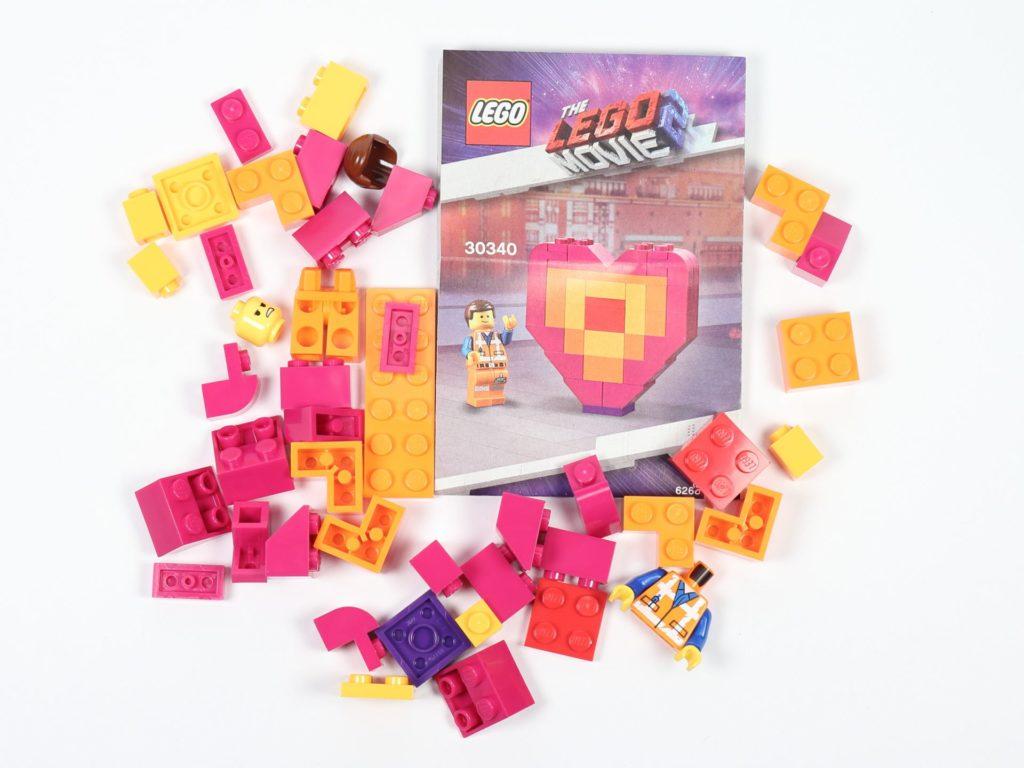 THE LEGO® MOVIE 2 Emmets Herz (30340) - Polybag Inhalt   ©2019 Brickzeit