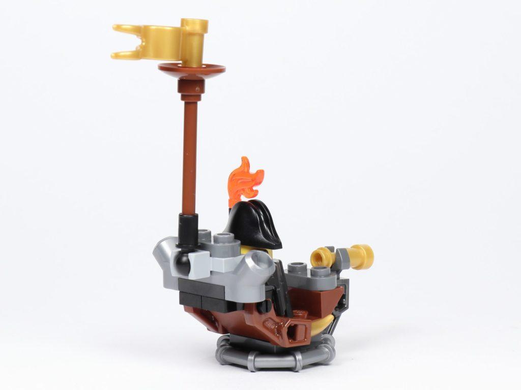 THE LEGO MOVIE 2 Mini-Baumeister Eisenbart (30528) - Boot, hinten rechts | ©2019 Brickzeit