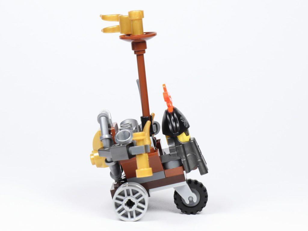 THE LEGO MOVIE 2 Mini-Baumeister Eisenbart (30528) - Trike, rechte Seite | ©2019 Brickzeit