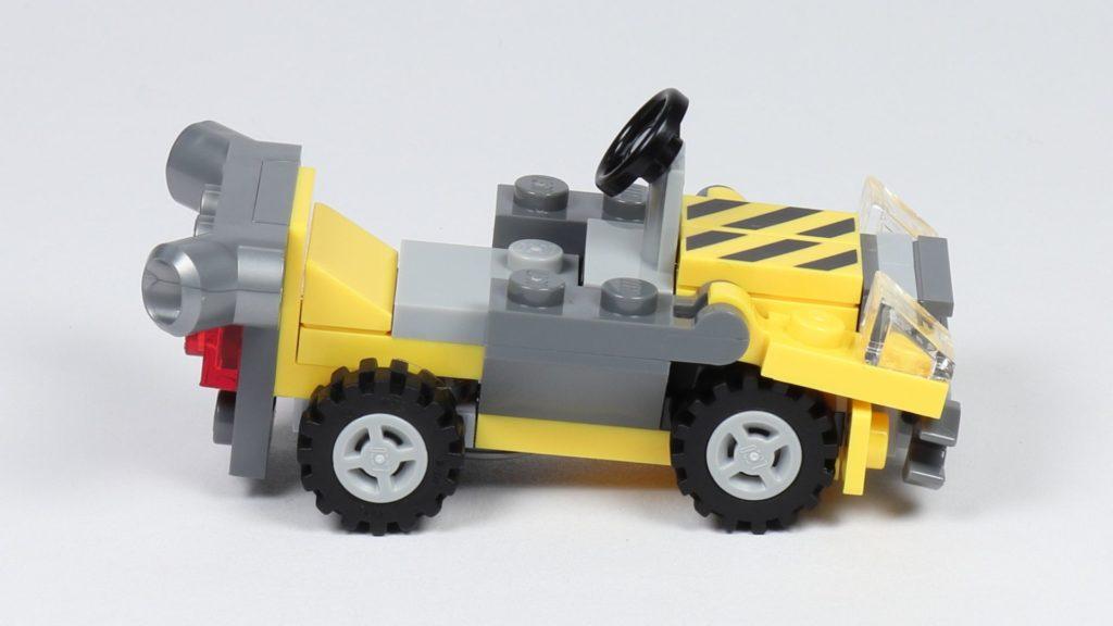 THE LEGO MOVIE 2 Mini-Baumeister Emmet (30529) - Auto, rechte Seite | ©2019 Brickzeit
