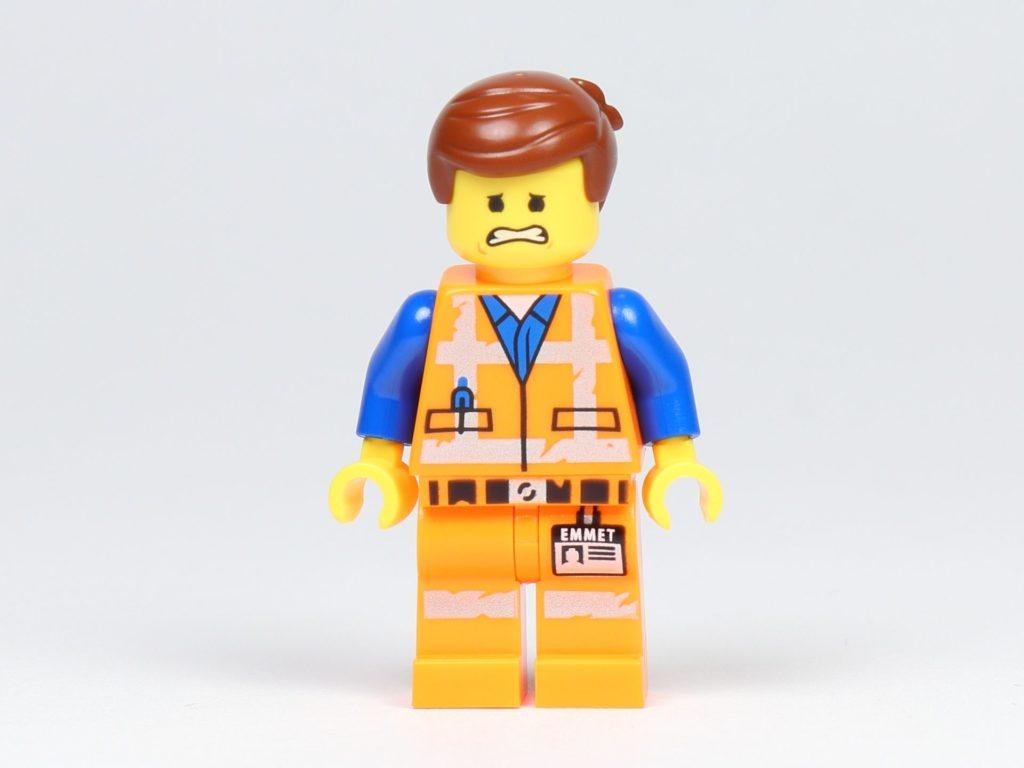 THE LEGO MOVIE 2 Mini-Baumeister Emmet (30529) - Minifigur Emmet Vorderseite, ängstlich | ©2019 Brickzeit