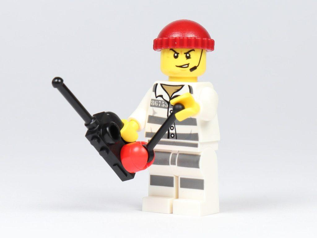 LEGO® City 30362 Raketenrucksack - Dieb mit Fernbedienung | ©2019 Brickzeit