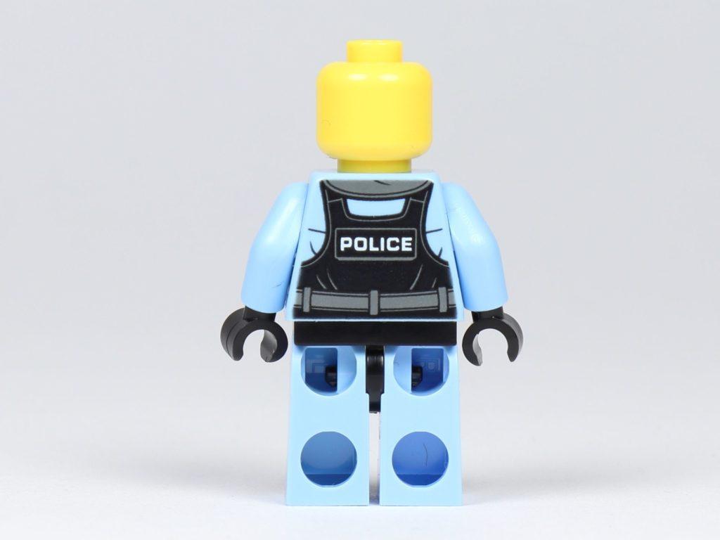 LEGO® City 30362 Raketenrucksack - Polizistin ohne Zubehör, Rückseite | ©2019 Brickzeit