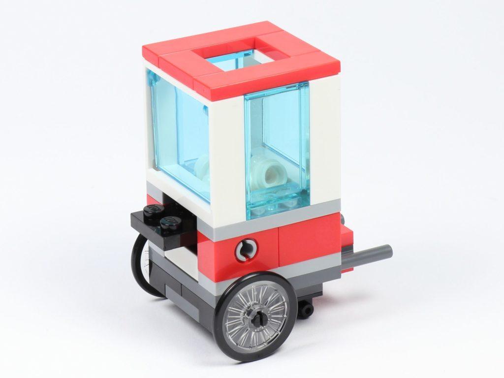 LEGO® City 30364 Popcorn Stand - hinten | ©2019 Brickzeit
