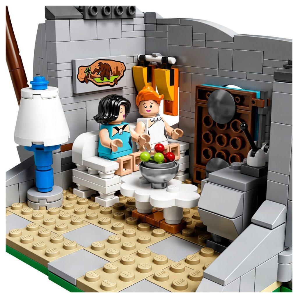 LEGO® Ideas 21316 - Wilma und Betty im Wohnzimmer   ©LEGO Gruppe