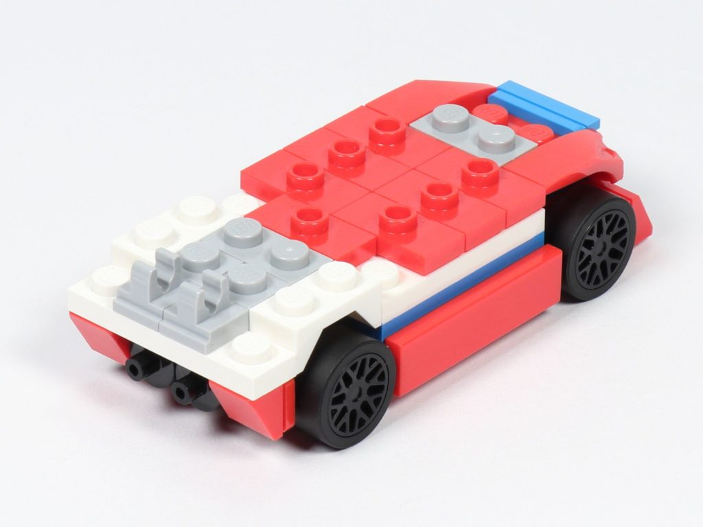 LEGO® Creator 30572 Rennauto - Aufbau 2, hinten, rechts | ©2019 Brickzeit