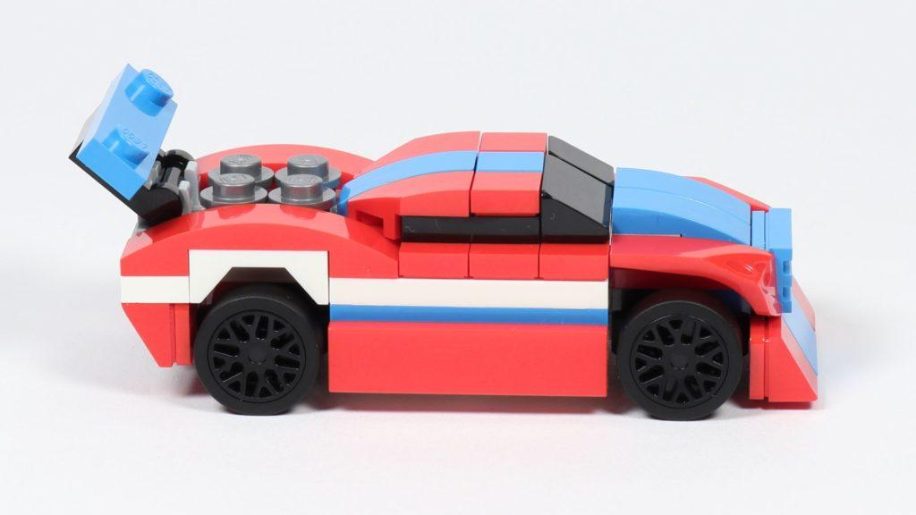 LEGO® Creator 30572 Rennauto - rechte Seite | ©2019 Brickzeit