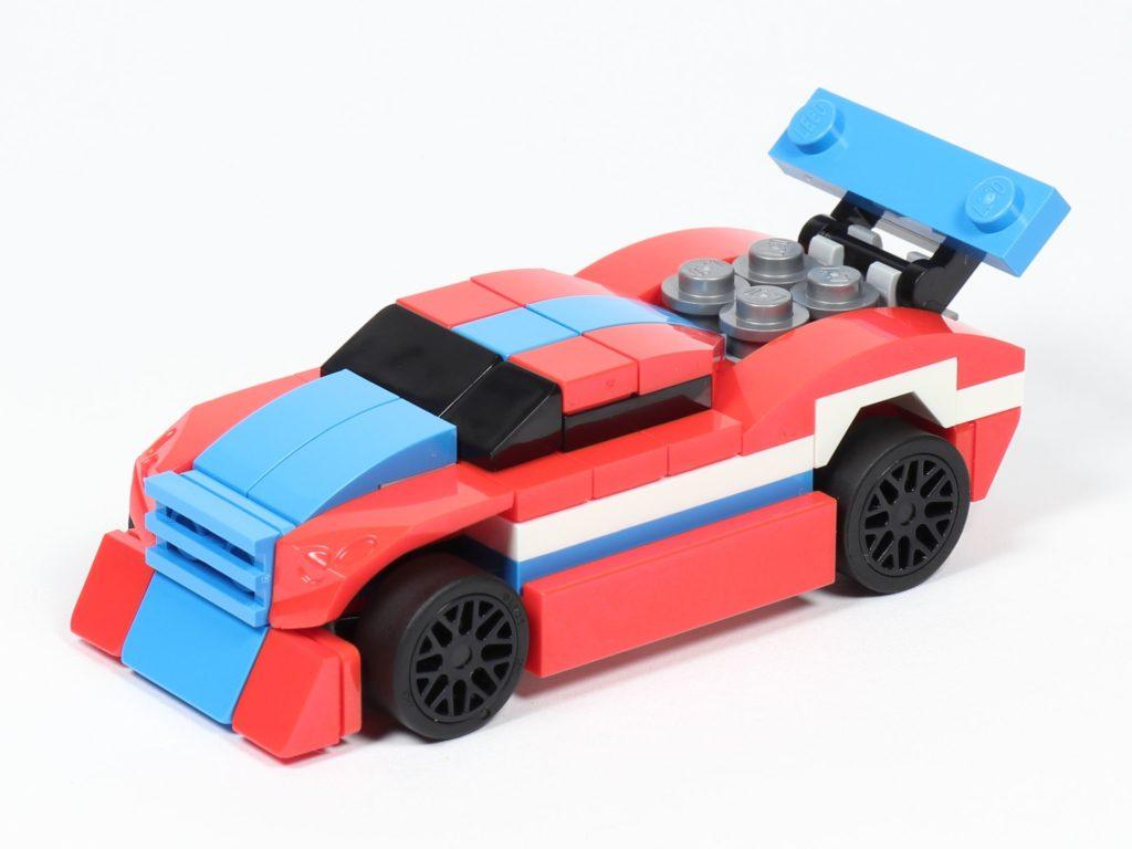 LEGO® Creator 30572 Rennauto - vorne, links | ©2019 Brickzeit