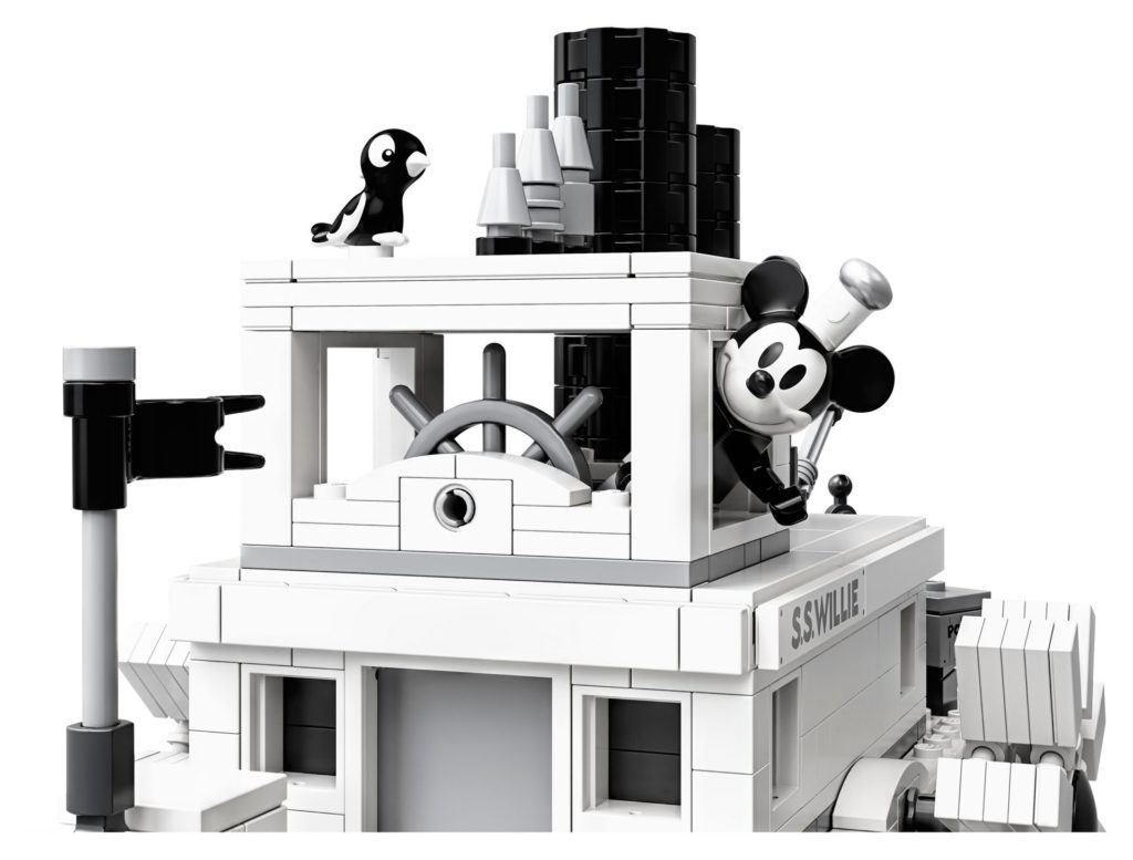 LEGO® Ideas 21317 Steamboat Willie - Bild 12 | ©LEGO Gruppe