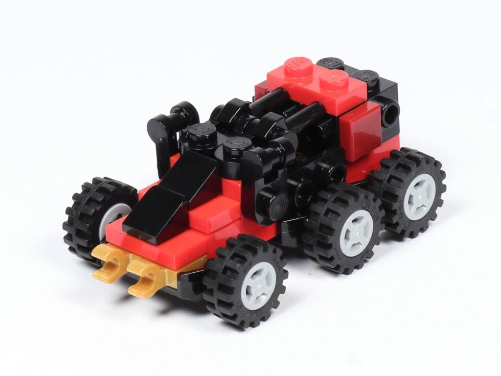 LEGO® Ninjago® Legacy Drachen-Fänger- vorne links | ©2019 Brickzeit