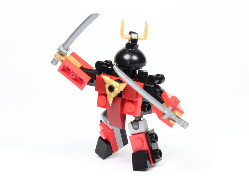 LEGO® Ninjago® Legacy Samurai X Mech - in Aktion | ©2019 Brickzeit