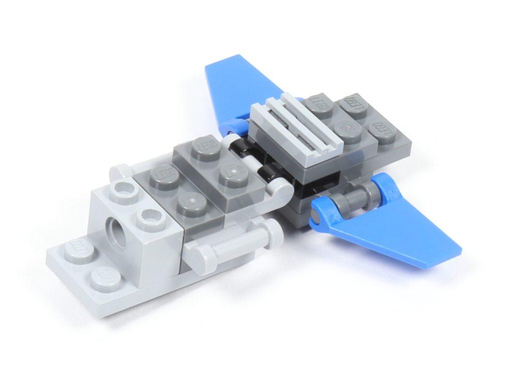 LEGO® Star Wars™ 75002 AT-RT™ - Bauabschnitt 3 - Frontteil zusammengesteckt | ©2019 Brickzeit