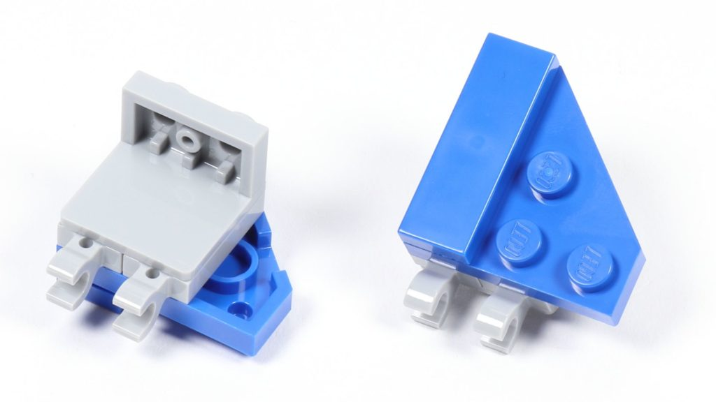 LEGO® Star Wars™ 75002 AT-RT™ - Bauabschnitt 3 - Seitenteile | ©2019 Brickzeit