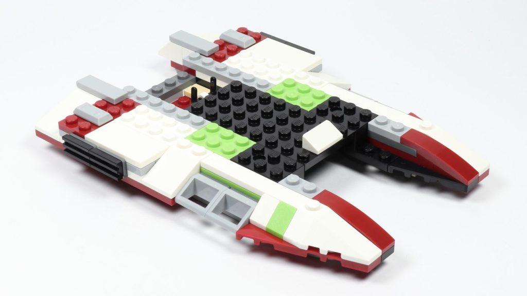 LEGO® Star Wars™ 75182 Republic Fighter Tank - Bauabschnitt 1, Bild 22 | ©2019 Brickzeit
