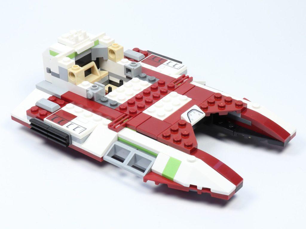 LEGO® Star Wars™ 75182 Republic Fighter Tank - Bauabschnitt 2, Bild 06 | ©2019 Brickzeit