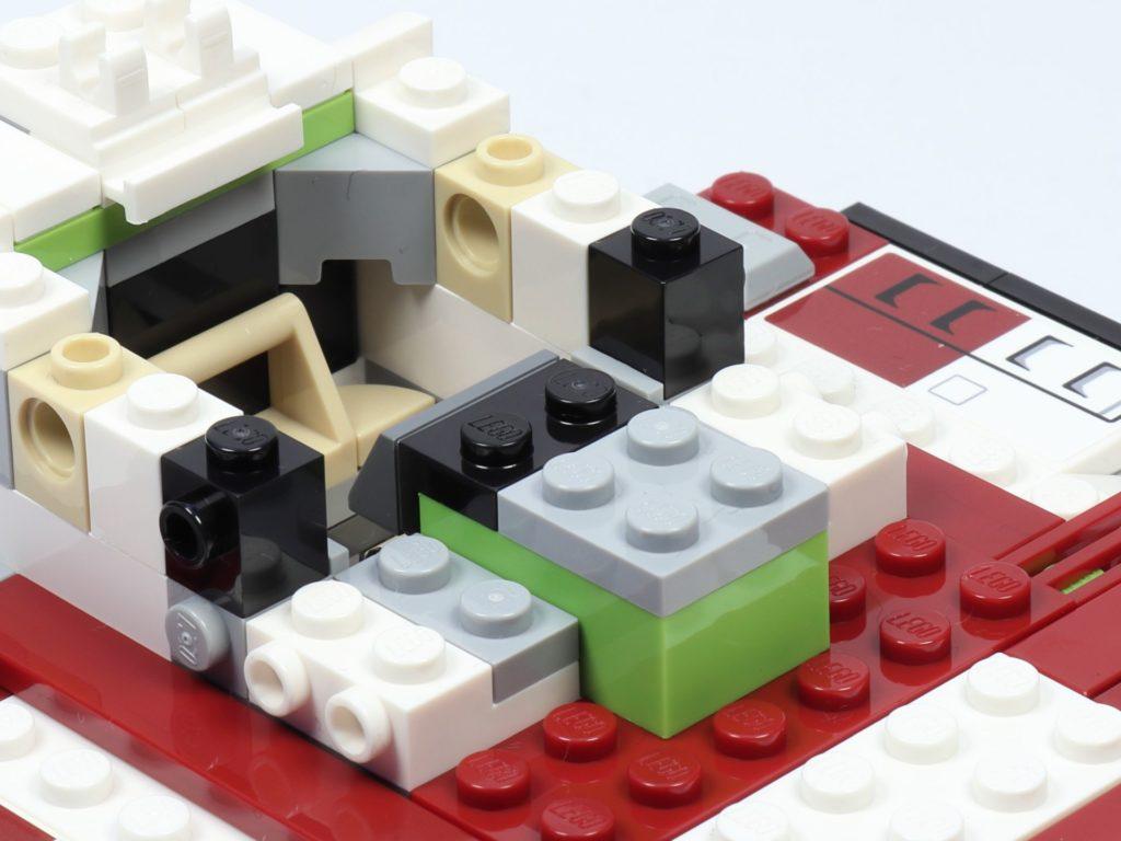 LEGO® Star Wars™ 75182 Republic Fighter Tank - Bauabschnitt 2, Bild 12 | ©2019 Brickzeit