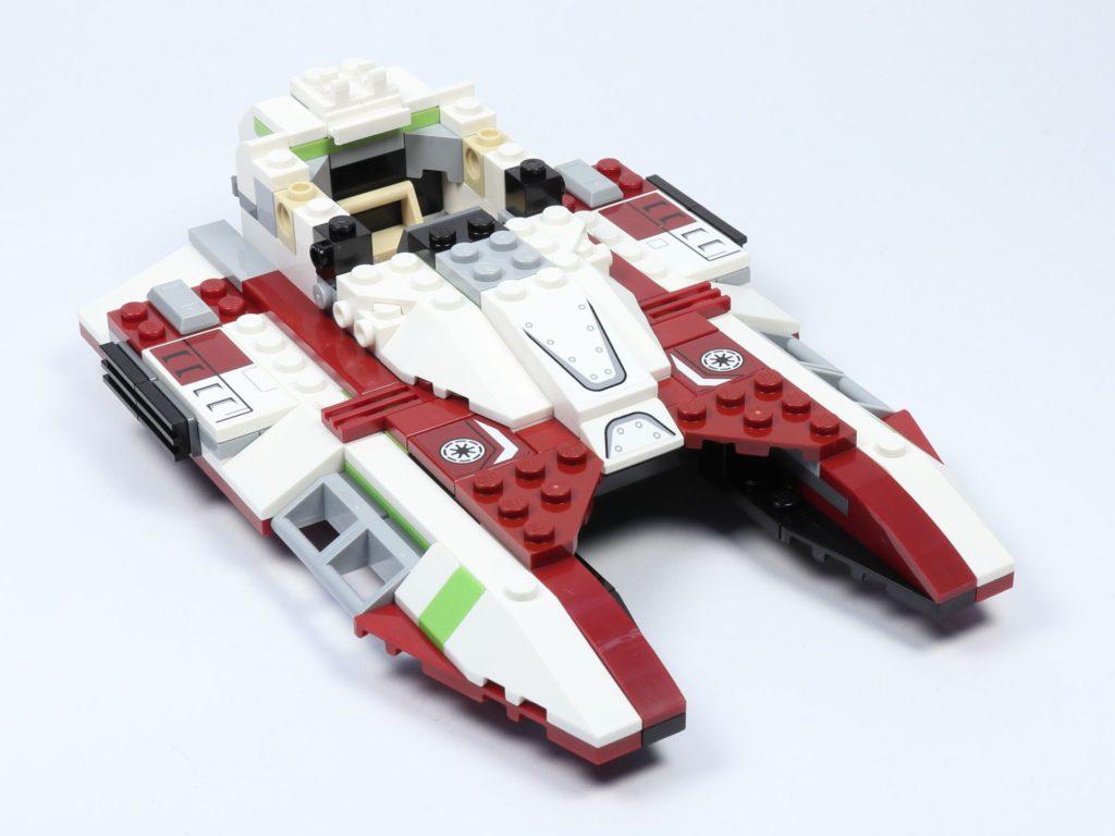 LEGO® Star Wars™ 75182 Republic Fighter Tank - Bauabschnitt 2, Bild 16 | ©2019 Brickzeit